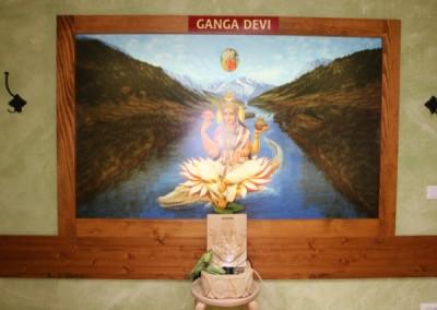 Govinda's 039
